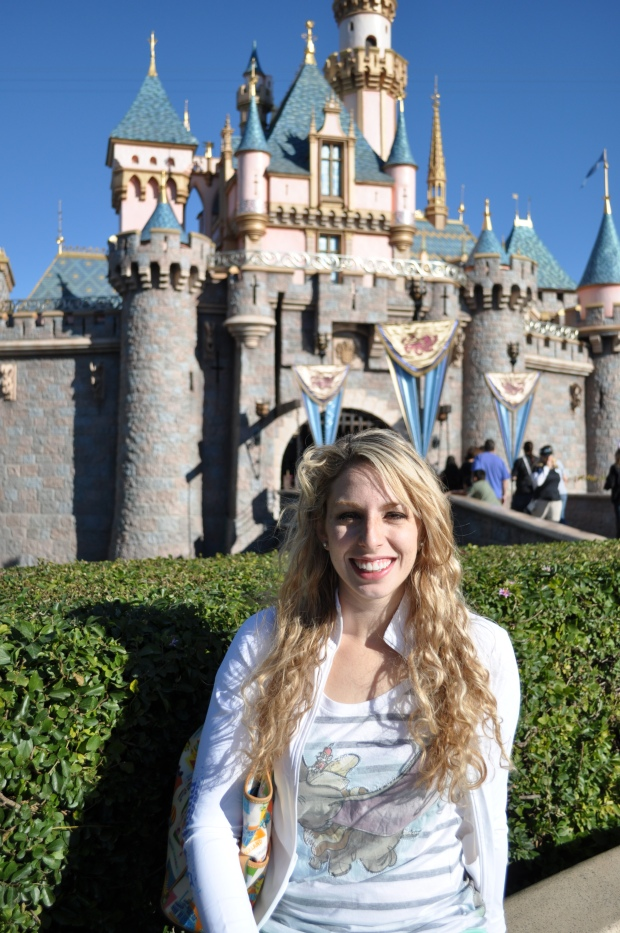 I love this charming little castle.  This is my happiest place on earth!