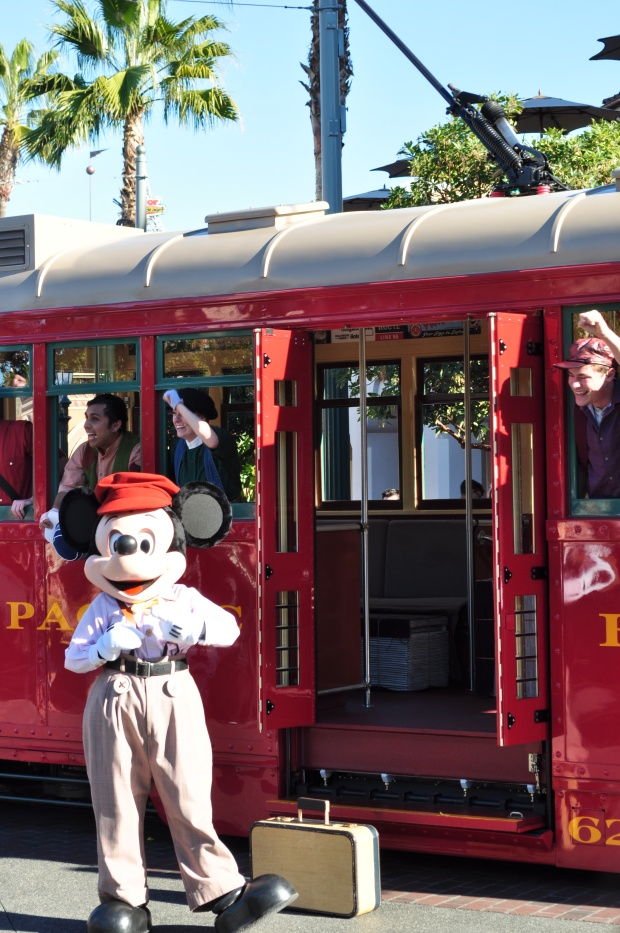 Love Buena Vista Street & Mickey!